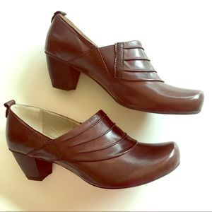 NEW GERRY WEBER brown leather comfort dress shoes